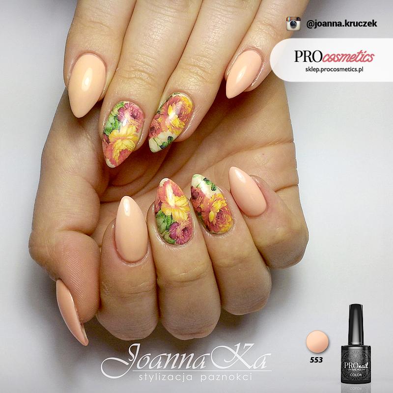 Brzoskwiniowe paznokcie pastelowe - hybryda PROnail 553 - paznokcie żelowe pastelowe pomarańczowe zdobienie paznokci, wzorki na paznokcie, wzory kwiatowe